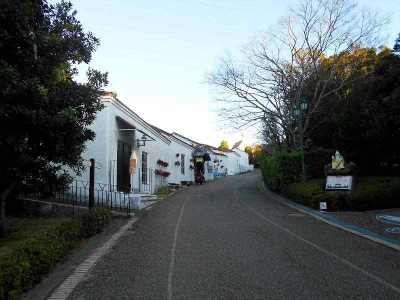近鉄特急「しまかぜ」と志摩スペイン村2015-04-2401