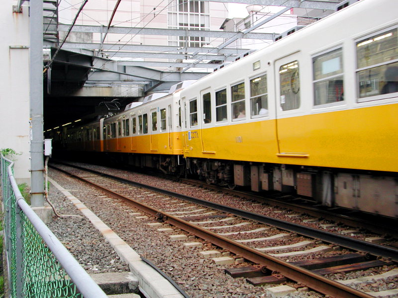 高松・黄色いことでん2006-1109