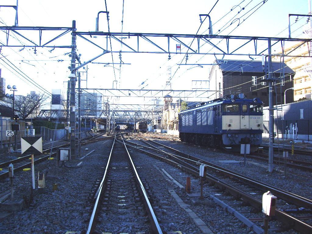 山梨・お城とEF64形機関車・甲府駅2014新春-1109