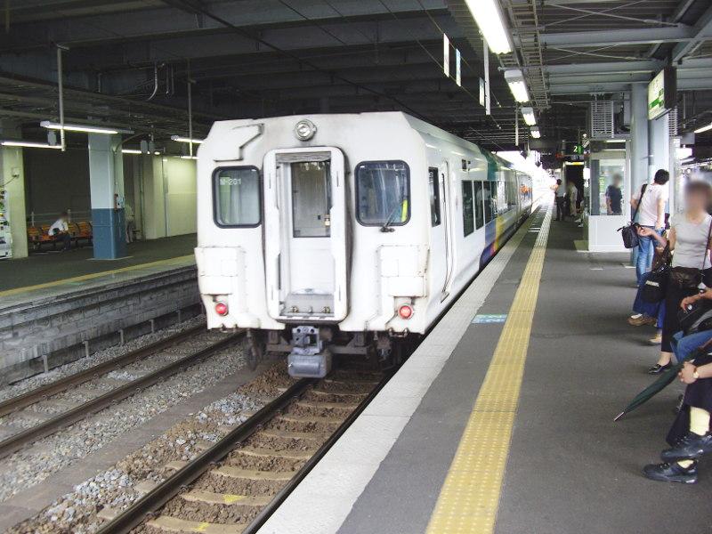 信州・松本駅の特急列車2009-1106