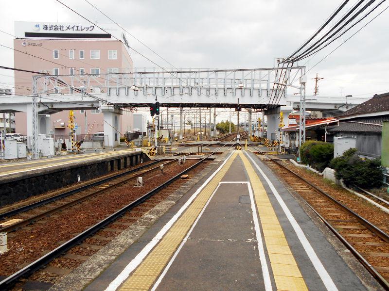 名鉄・西枇杷島駅2015-0618
