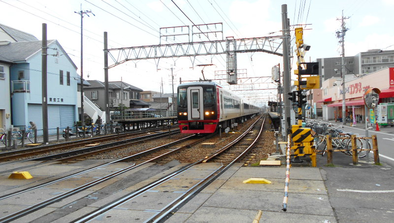 名鉄・西枇杷島駅2015-0631