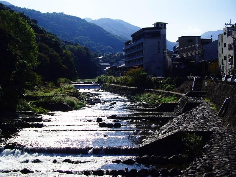 箱根登山鉄道と夕暮れの富士山2012-7002