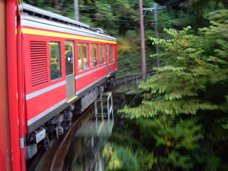 箱根登山鉄道と夕暮れの富士山2012-7004