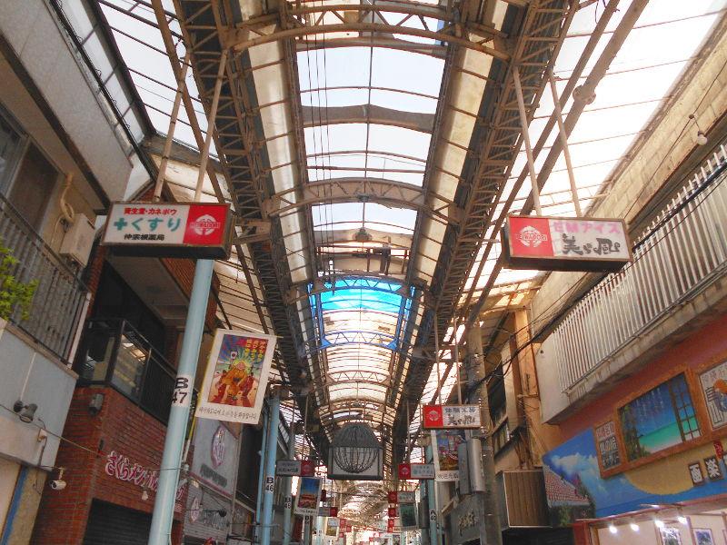沖縄・那覇で年越し2018その7・平和通りとアーケード商店街-1704
