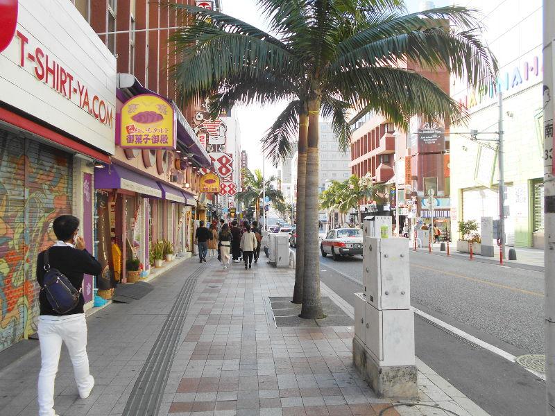 沖縄・那覇で年越し2018その7・平和通りとアーケード商店街-1710