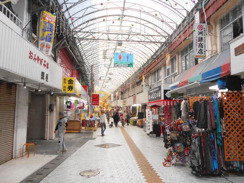 沖縄・那覇で年越し2018その7・平和通りとアーケード商店街-1723
