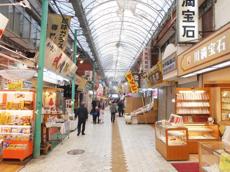 沖縄・那覇で年越し2018その7・平和通りとアーケード商店街-1731