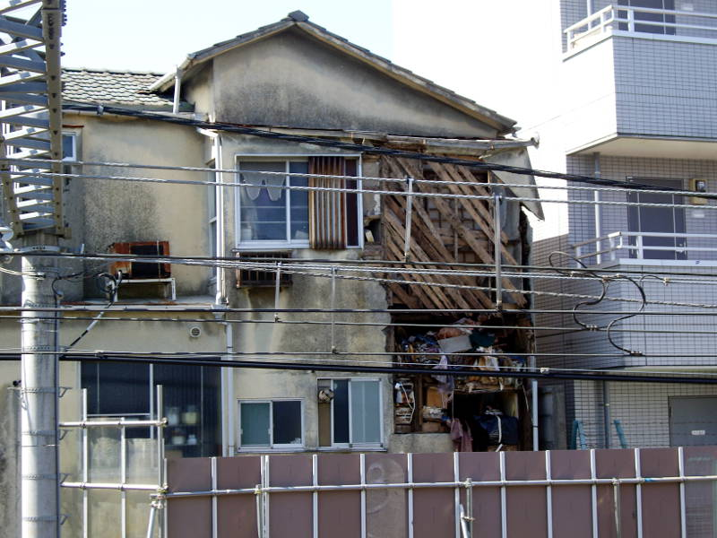 新井薬師前・崩壊アパート2014春-2005