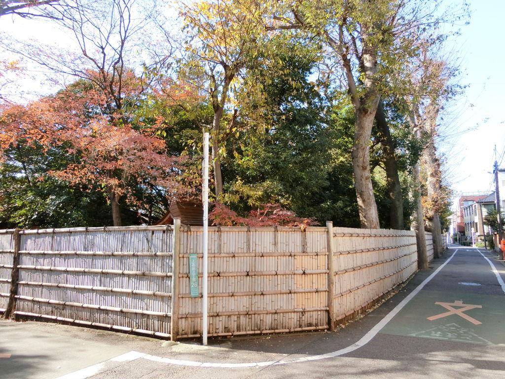 東京都中野区・新井薬師前駅付近の「たきび」の歌発祥の地2019秋-1022