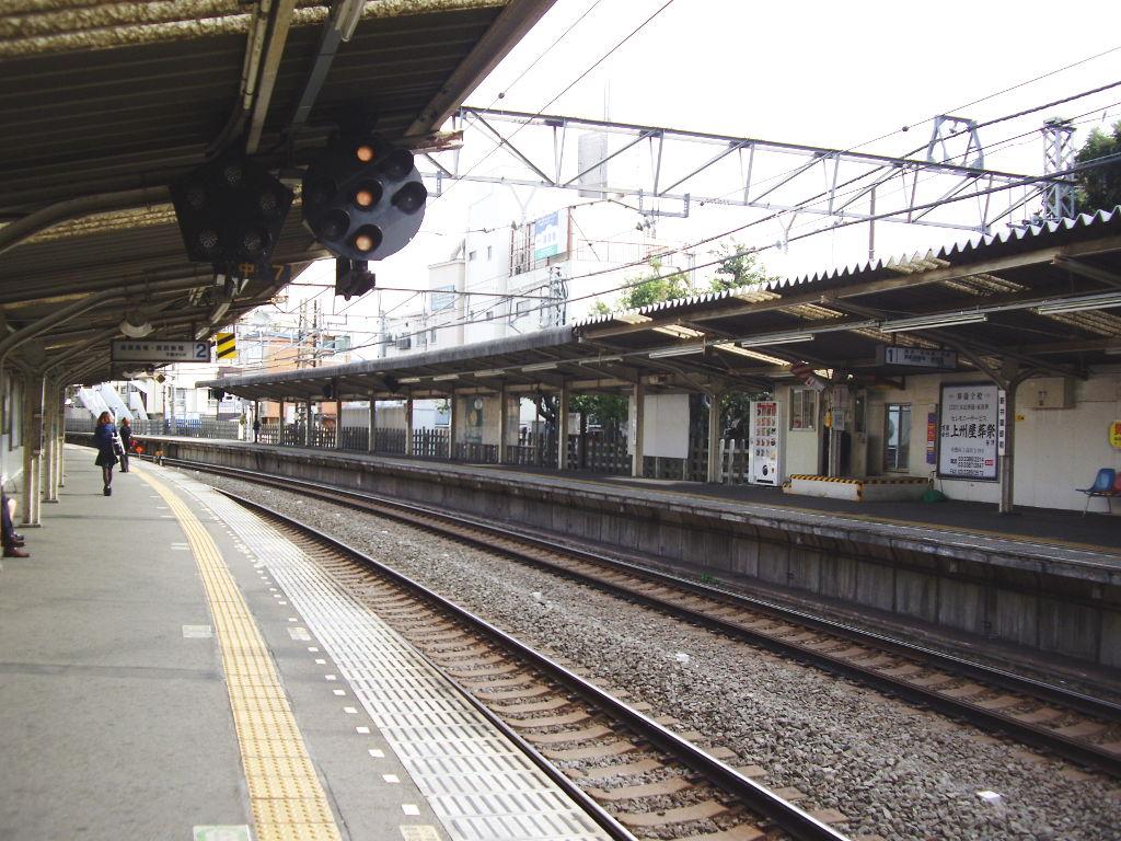 西武新宿線新井薬師前駅2018春-8111