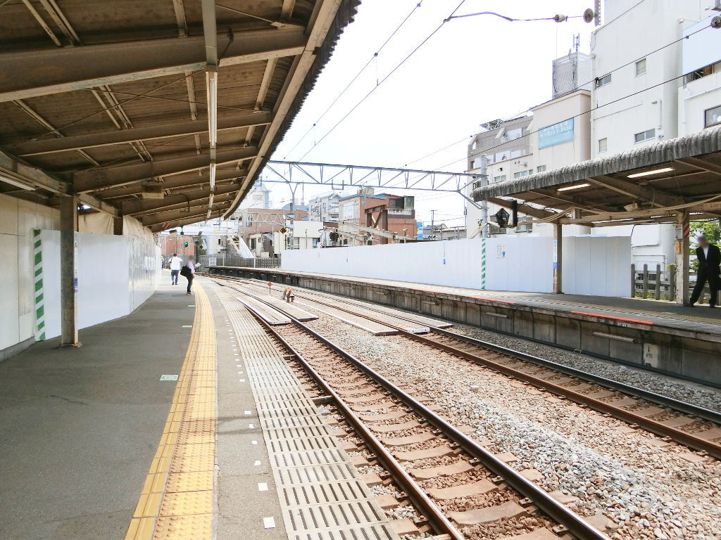 西武新宿線新井薬師前駅2018春-8112