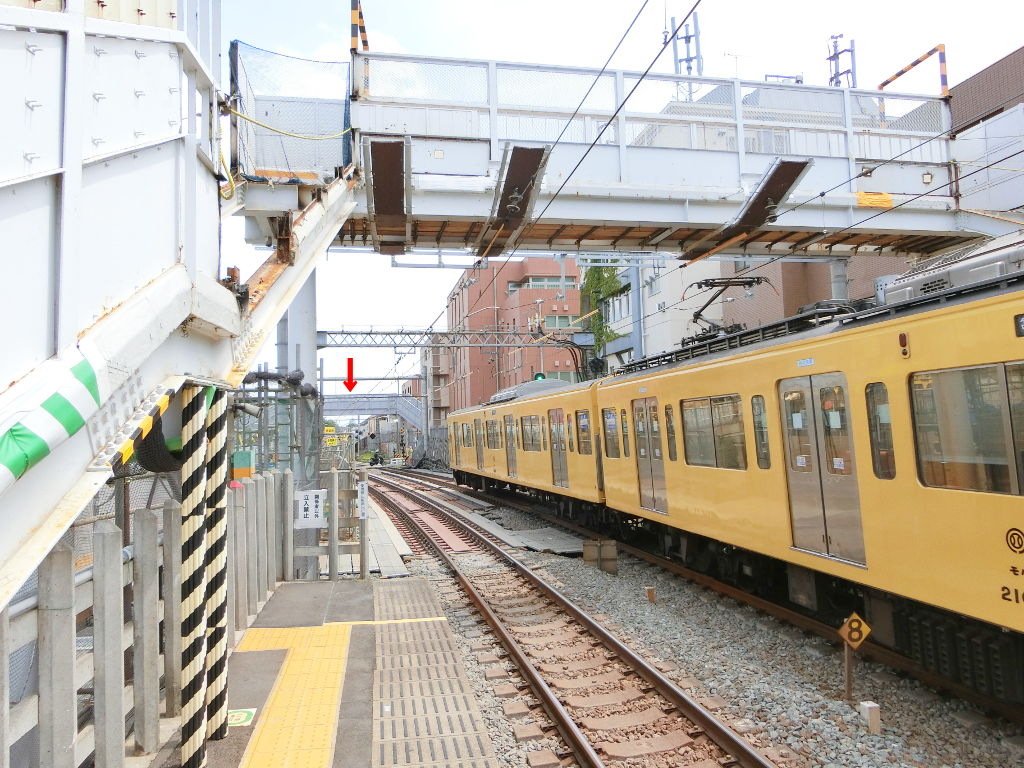 西武新宿線新井薬師前駅2018春-8115