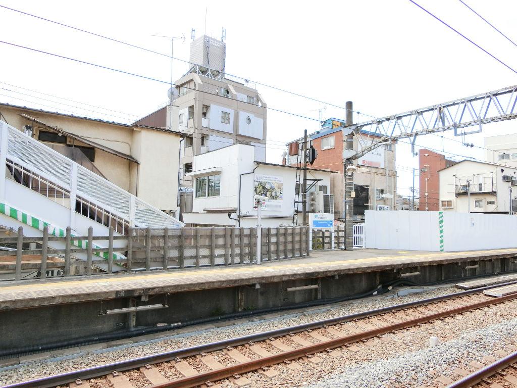 西武新宿線新井薬師前駅2018春-8118