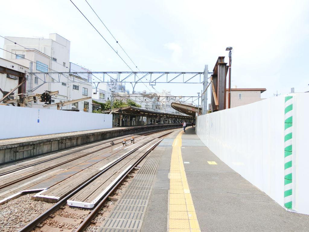 西武新宿線新井薬師前駅2018春-8119