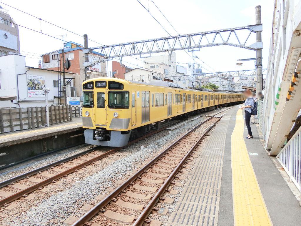 西武新宿線新井薬師前駅2018春-8123