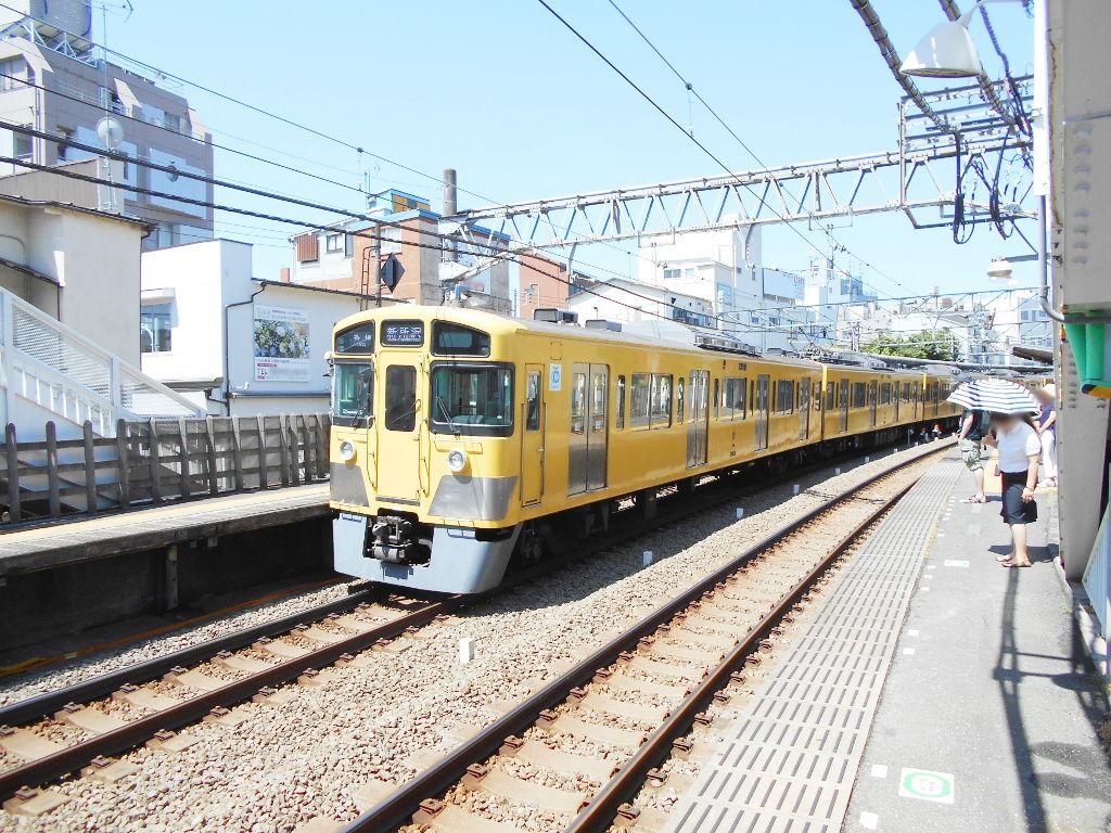 西武新宿線新井薬師前駅2018春-8124