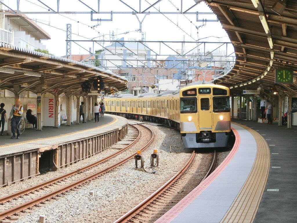 西武新宿線新井薬師前駅2018春-8125