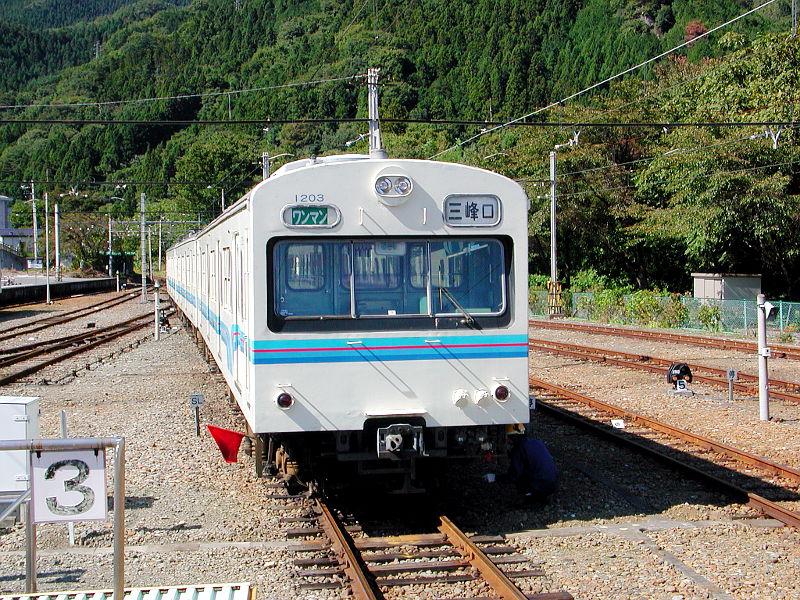 秩父鉄道1000系・2007-1001