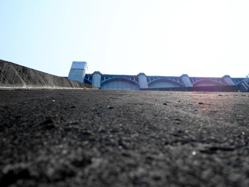 秩父・浦山ダム2016その4・ダムの階段との戦い-9815