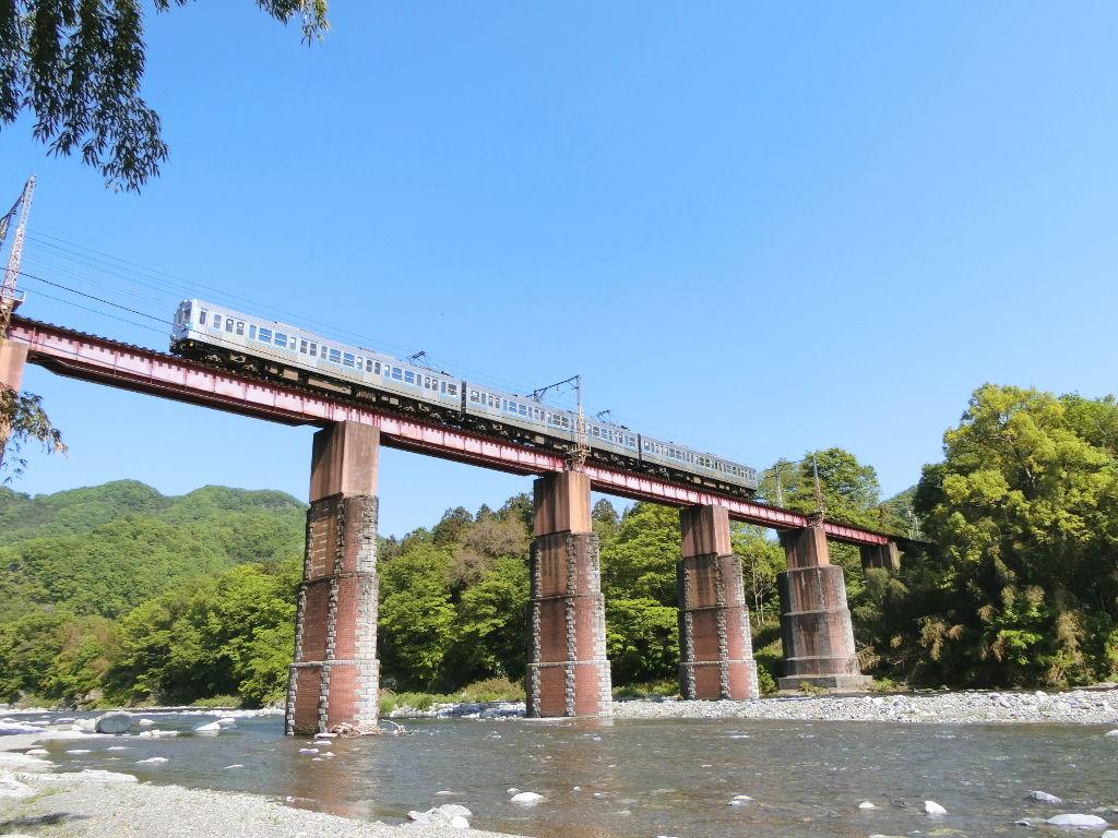 秩父鉄道の貨車「ヲキ」を楽しむ・その5上長瀞駅と荒川橋梁2018春-9530