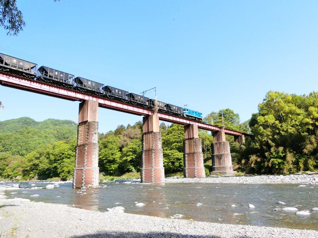 秩父鉄道の貨車「ヲキ」を楽しむ・その5上長瀞駅と荒川橋梁2018春-9533