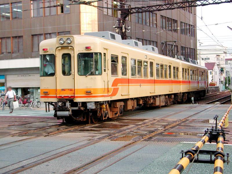 愛媛・伊予鉄道2006-4211