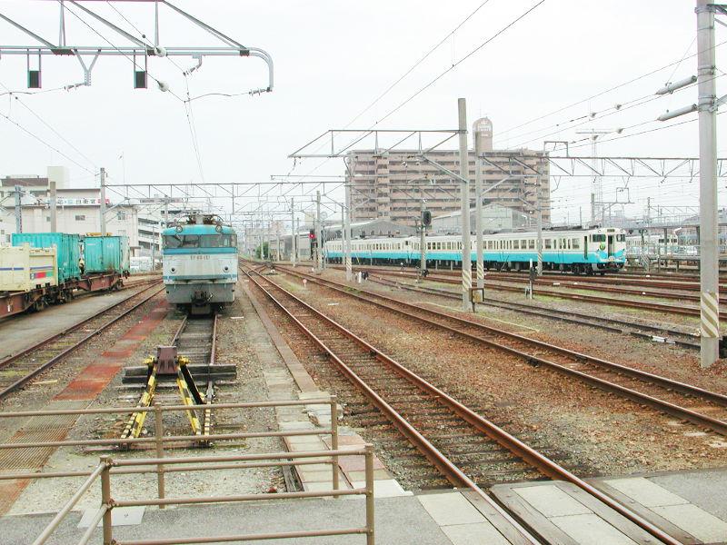 愛媛・松山駅より2006-4303
