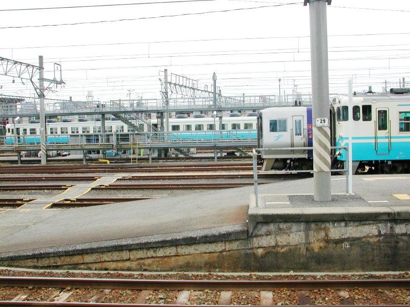 愛媛・松山駅より2006-4305