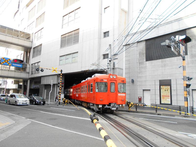 行くぞ!松山2016冬その17・市駅から松山駅へ(大手町駅の平面交差)-8705
