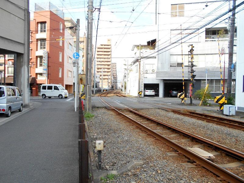行くぞ!松山2016冬その17・市駅から松山駅へ(大手町駅の平面交差)-8722