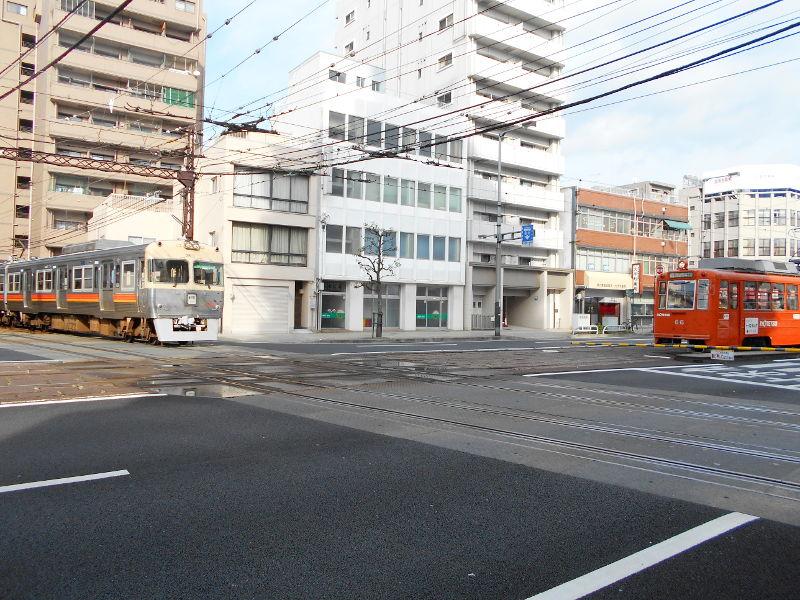 行くぞ!松山2016冬その17・市駅から松山駅へ(大手町駅の平面交差)-8738