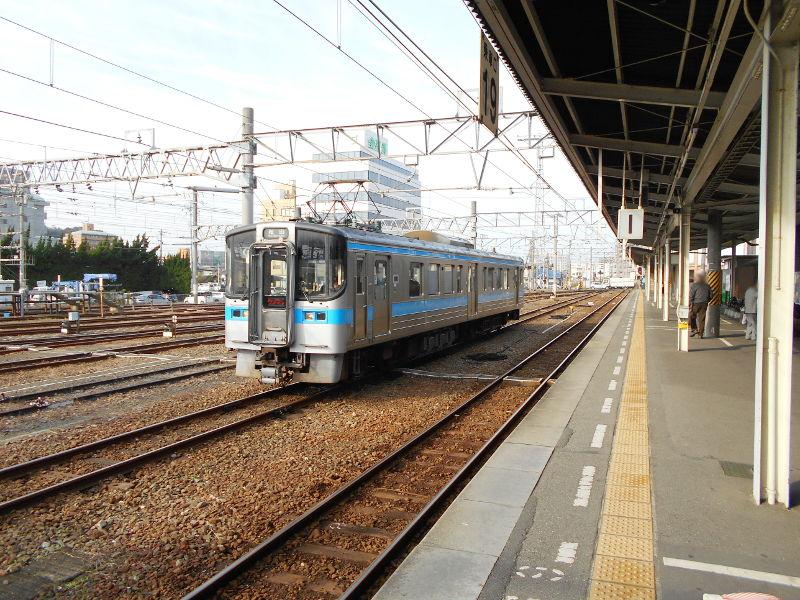 行くぞ!松山2016冬その19・いしづち22号で高松へ-8907