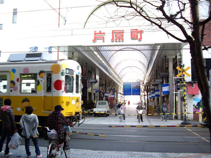 香川・高松市街2013-8002