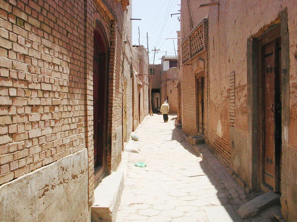 シルクロード一人旅「我的長征2006」その10・カシュガル・老城探検-1023
