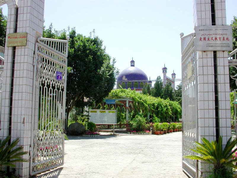 シルクロード一人旅「我的長征2006」その11・カシュガル・ユスフ-ハズ-ジャジェブ墓-1106