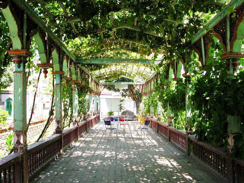 シルクロード一人旅「我的長征2006」その11・カシュガル・ユスフ-ハズ-ジャジェブ墓-1127