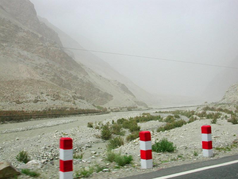 シルクロード一人旅「我的長征2006」その15・カシュガル・カラクリ湖への道-1530