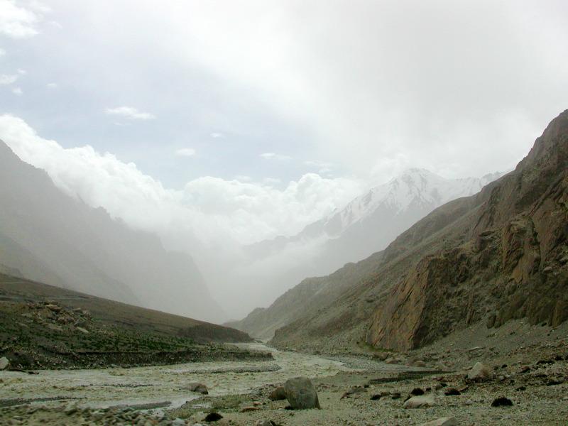 シルクロード一人旅「我的長征2006」その16・ブルンクル湖と絶景-1607
