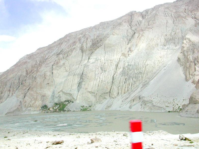 シルクロード一人旅「我的長征2006」その16・ブルンクル湖と絶景-1612