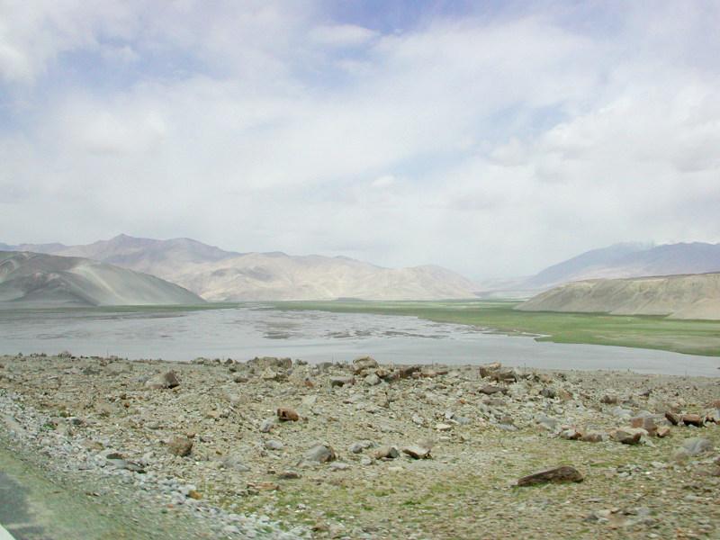 シルクロード一人旅「我的長征2006」その16・ブルンクル湖と絶景-1614