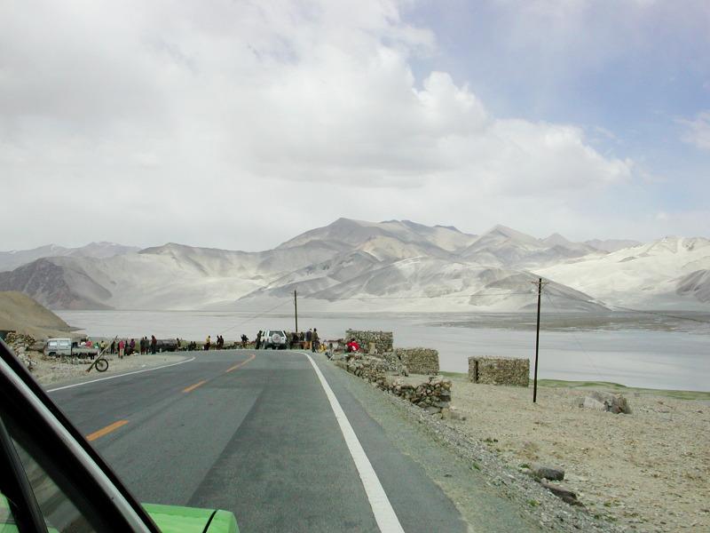 シルクロード一人旅「我的長征2006」その16・ブルンクル湖と絶景-1616