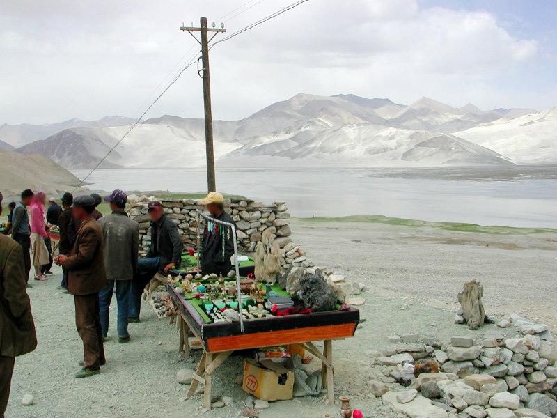 シルクロード一人旅「我的長征2006」その16・ブルンクル湖と絶景-1617