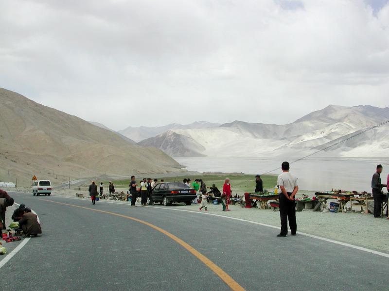 シルクロード一人旅「我的長征2006」その16・ブルンクル湖と絶景-1620