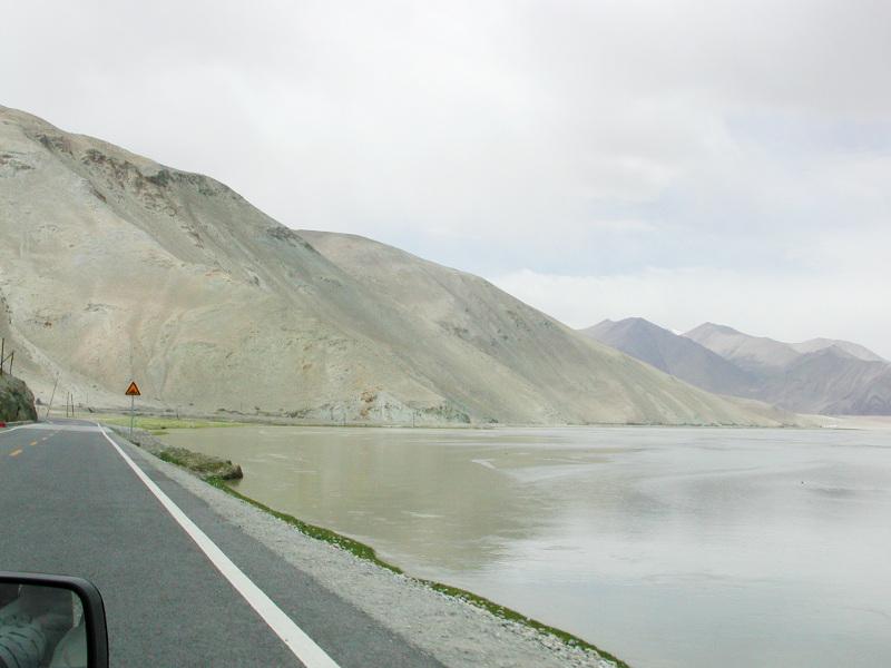 シルクロード一人旅「我的長征2006」その16・ブルンクル湖と絶景-1626