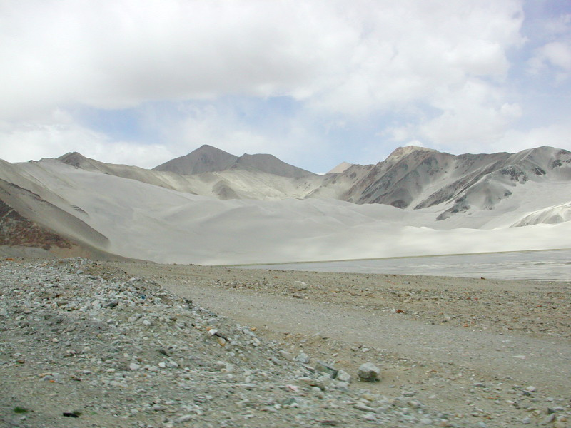 シルクロード一人旅「我的長征2006」その16・ブルンクル湖と絶景-1636