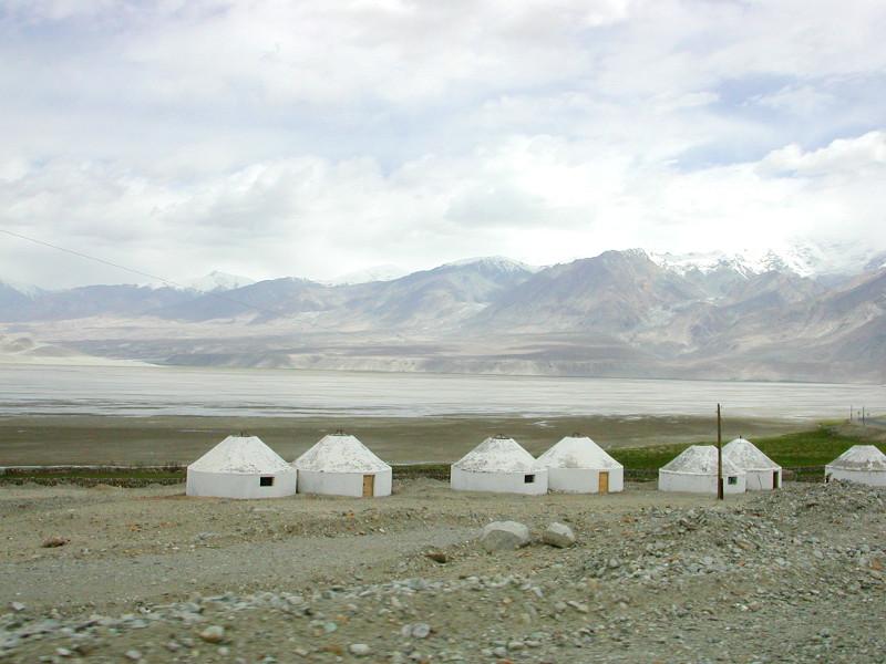 シルクロード一人旅「我的長征2006」その16・ブルンクル湖と絶景-1637
