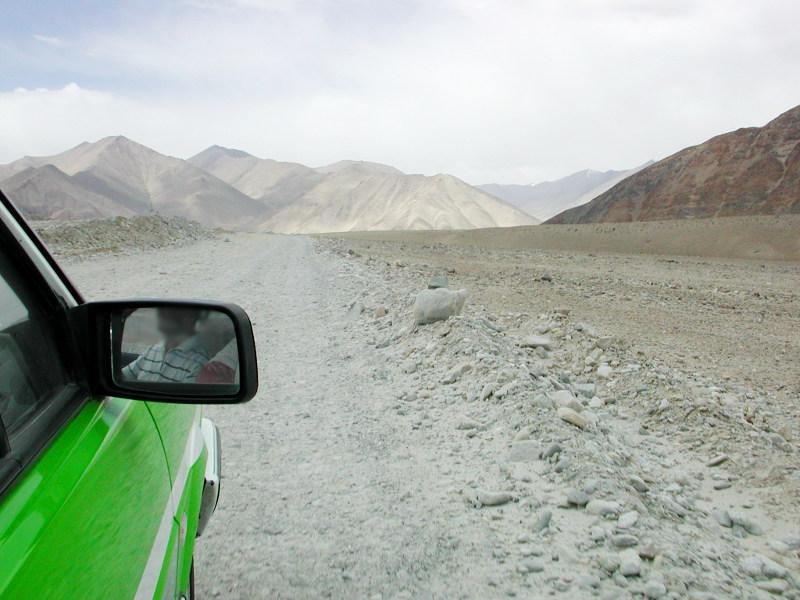シルクロード一人旅「我的長征2006」その16・ブルンクル湖と絶景-1640