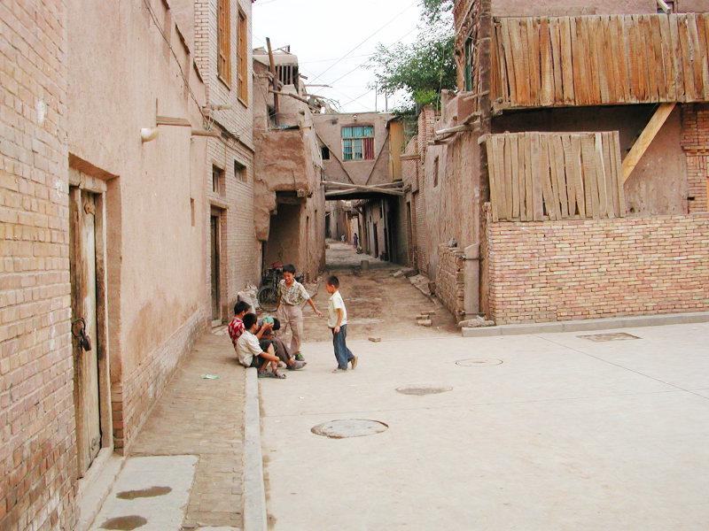 シルクロード一人旅「我的長征2006」その18・カシュガル・一人で老城探検-1822