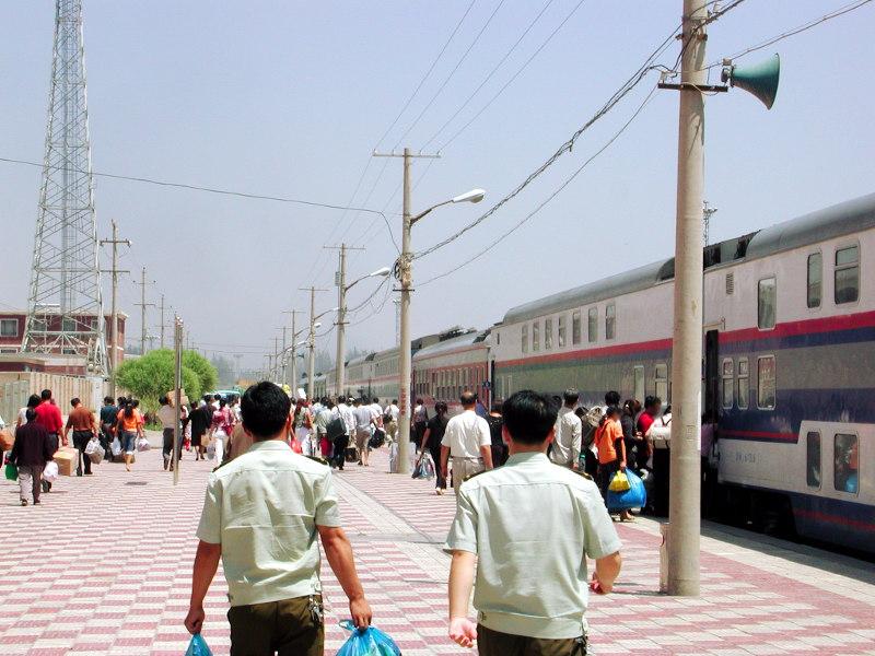 シルクロード一人旅「我的長征2006」その20・カシュガル・駅と寝台列車-2021